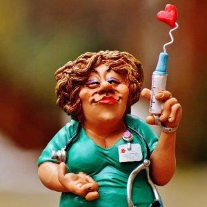 Тётя доктор img01