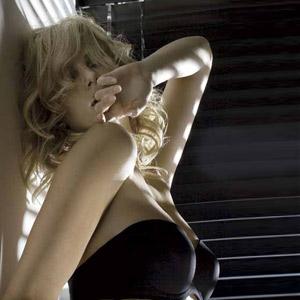 Charlize Theron img01